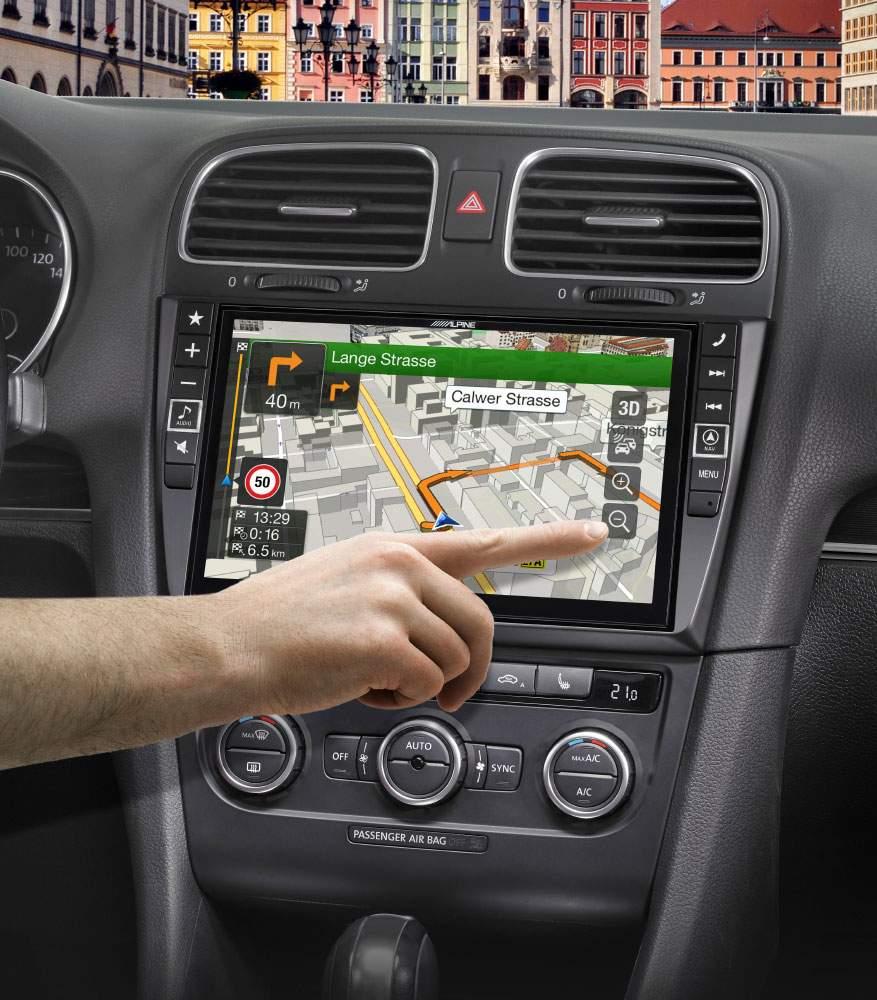 VW Golf 6 Nachrüstradio mit extragroßem Bildschirm